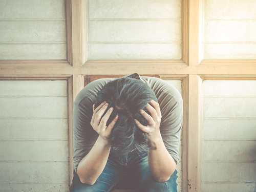 Anxiety and Addiction: Breaking the Cycle - man with anxiety